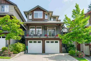 "Photo 1: 59 1701 PARKWAY Boulevard in Coquitlam: Westwood Plateau House for sale in ""Tango"" : MLS®# R2377954"