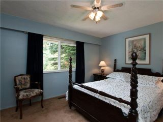 """Photo 21: 4720 RAMSAY Road in North Vancouver: Lynn Valley House for sale in """"Upper Lynn"""" : MLS®# V883000"""