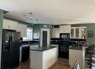 Photo 3: 739 Willowgrove Avenue in Saskatoon: Willowgrove Residential for sale : MLS®# SK859433