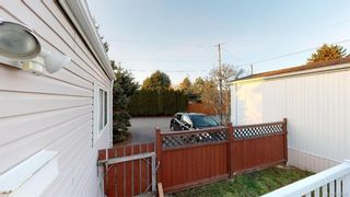 Photo 3: 2-1581 MIDDLE ROAD  |  MOBILE HOME FOR SALE VICTORIA BC