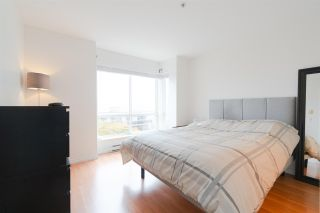 """Photo 8: 302 335 CARNARVON Street in New Westminster: Downtown NW Condo for sale in """"KINGS GARDEN"""" : MLS®# R2320982"""