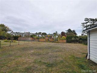Photo 15: 457 Foster St in VICTORIA: Es Saxe Point House for sale (Esquimalt)  : MLS®# 655187