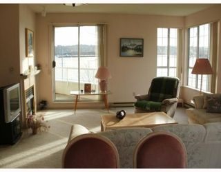 "Photo 3: 220 1150 QUAYSIDE Drive in New Westminster: Quay Condo for sale in ""WESTPORT"" : MLS®# V802014"