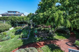 Photo 40: 2070 Beaton Ave in : CV Comox (Town of) House for sale (Comox Valley)  : MLS®# 881528