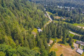 """Photo 31: 49199 CHILLIWACK LAKE Road in Chilliwack: Chilliwack River Valley House for sale in """"Chilliwack River Valley"""" (Sardis) : MLS®# R2597869"""