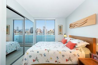 """Photo 14: 2701 1201 MARINASIDE Crescent in Vancouver: Yaletown Condo for sale in """"The Peninsula"""" (Vancouver West)  : MLS®# R2602027"""