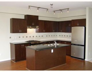 """Photo 3: 84 1357 PURCELL Drive in Coquitlam: Westwood Plateau Townhouse for sale in """"WHITETAIL"""" : MLS®# V755813"""