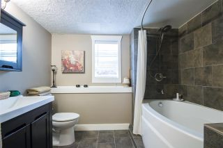 "Photo 16: 36029 VILLAGE Knoll in Abbotsford: Abbotsford East House for sale in ""Mountain Village"" : MLS®# R2062189"