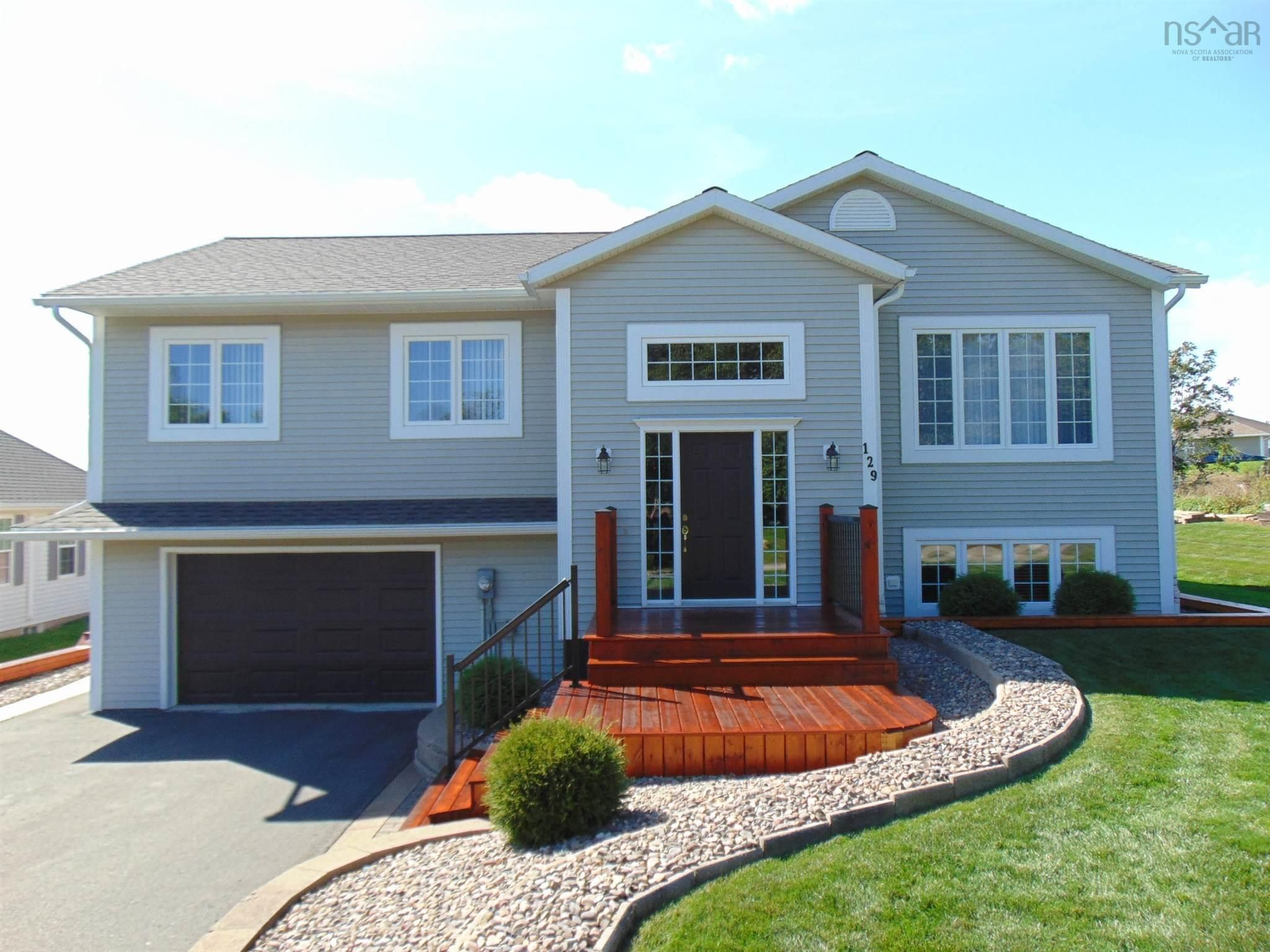 Main Photo: 129 Eagle Creek Road in North Kentville: 404-Kings County Residential for sale (Annapolis Valley)  : MLS®# 202125031