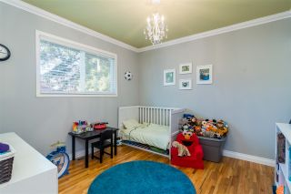 Photo 8: 1711 157 Street in Surrey: King George Corridor House for sale (South Surrey White Rock)  : MLS®# R2364482