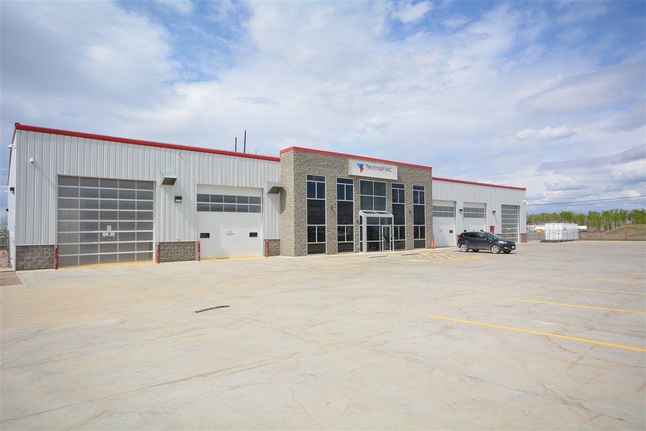 Photo 2: Photos: 8624 68 Street in Fort St. John: Fort St. John - City SE Industrial for sale (Fort St. John (Zone 60))  : MLS®# C8030541