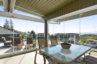 """Photo 8: 14233 MAGDALEN Avenue: White Rock House for sale in """"West White Rock"""" (South Surrey White Rock)  : MLS®# R2262291"""