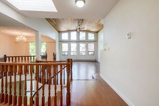 Photo 3: 3442 E 4TH Avenue in Vancouver: Renfrew VE House for sale (Vancouver East)  : MLS®# R2581450