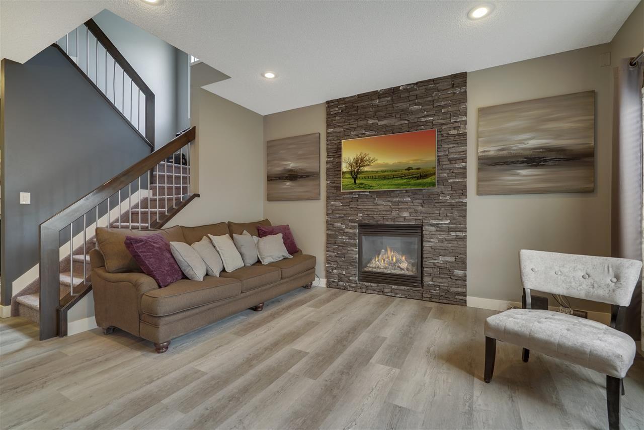 Main Photo: 4 ASHTON Gate: Spruce Grove House for sale : MLS®# E4237028