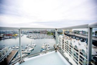 Photo 4: 1204 1000 BEACH Avenue in Vancouver: Yaletown Condo for sale (Vancouver West)  : MLS®# R2273641