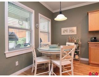 """Photo 8: 3384 BLOSSOM Court in Abbotsford: Abbotsford East House for sale in """"THE HIGHLANDS"""" : MLS®# F2828575"""