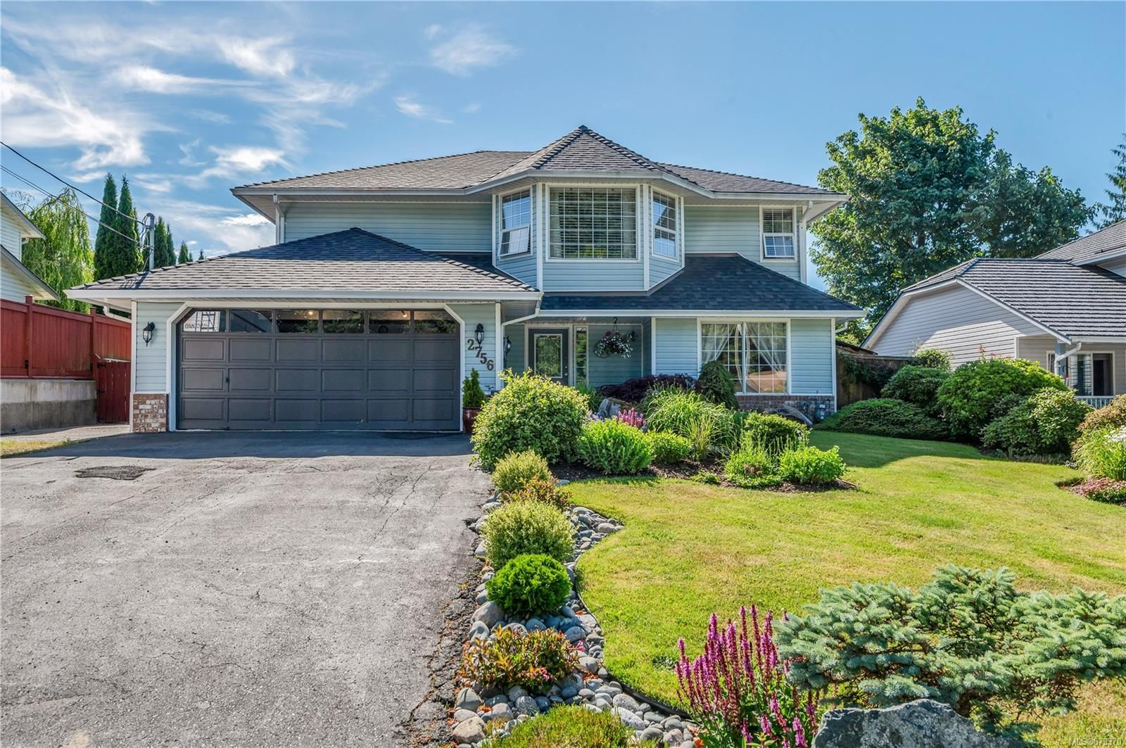 Main Photo: 2756 Apple Dr in : CR Willow Point House for sale (Campbell River)  : MLS®# 879370