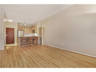 """Photo 3: 408 5775 IRMIN Street in Burnaby: Metrotown Condo for sale in """"MACPHERSON WALK"""" (Burnaby South)  : MLS®# V1097253"""