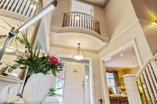 Photo 5: 35927 STONECROFT Place in Abbotsford: Abbotsford East House for sale : MLS®# R2583075