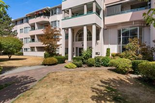 """Photo 1: 330 33173 OLD YALE Road in Abbotsford: Central Abbotsford Condo for sale in """"Sommerset Ridge"""" : MLS®# R2606476"""