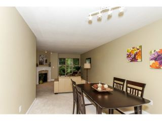"""Photo 3: 17 65 FOXWOOD Drive in Port Moody: Heritage Mountain Townhouse for sale in """"FOREST HILL"""" : MLS®# V1125839"""