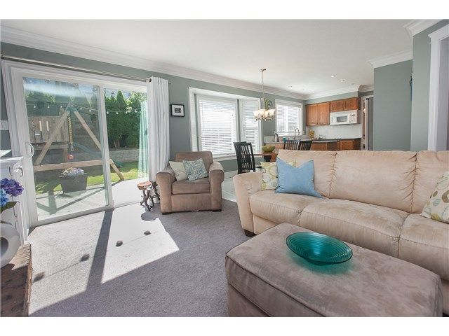 """Photo 8: Photos: 6444 WOODGLEN Street in Delta: Sunshine Hills Woods House for sale in """"SUNSHINE HILLS"""" (N. Delta)  : MLS®# F1445409"""