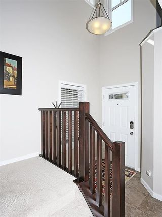 Photo 2: 76 PANORA View NW in Calgary: Panorama Hills House for sale : MLS®# C4145331