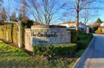 """Main Photo: 305 16233 82 Avenue in Surrey: Fleetwood Tynehead Townhouse for sale in """"THE ORCHARDS"""" : MLS®# R2537390"""