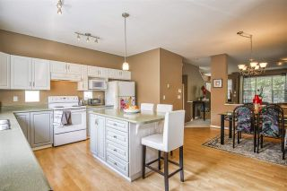 """Photo 14: 18468 66A Avenue in Surrey: Cloverdale BC House for sale in """"HEARTLAND"""" (Cloverdale)  : MLS®# R2476706"""
