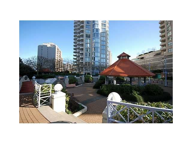 """Main Photo: 1003 739 PRINCESS Street in New Westminster: Uptown NW Condo for sale in """"BERKLEY PLACE"""" : MLS®# V837380"""