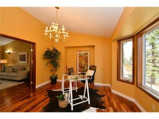 Photo 7: 610 EDGEBANK Place NW in Calgary: Edgemont House for sale : MLS®# C4110946