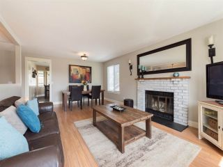 Photo 4: 6029 174 Street in Surrey: Cloverdale BC House for sale (Cloverdale)  : MLS®# R2261593