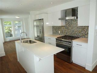 Photo 3: 1769 E 20TH AV in Vancouver: Victoria VE Condo for sale (Vancouver East)  : MLS®# V1005108