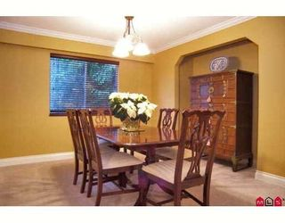 Photo 3: 13723 18th Ave in White Rock: Sunnyside Park Surrey House for sale (South Surrey White Rock)  : MLS®# F2818402