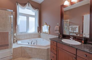 Photo 14: 1613 HASWELL Court in Edmonton: Zone 14 House for sale : MLS®# E4232046