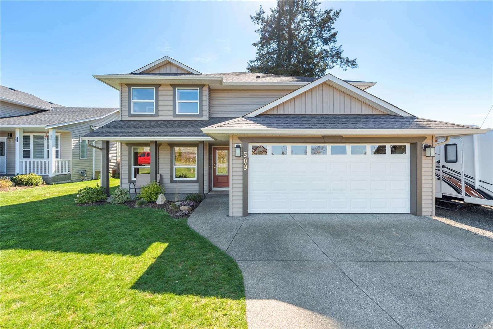 Main Photo: 509 Torrence Rd in : CV Comox (Town of) House for sale (Comox Valley)  : MLS®# 872520