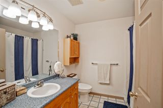 """Photo 7: 8177 DOROTHEA Court in Mission: Mission BC House for sale in """"Cherry Ridge/Hillside"""" : MLS®# R2338141"""