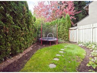 """Photo 18: 1807 LILAC Drive in Surrey: King George Corridor Townhouse for sale in """"ALDERWOOD PLACE"""" (South Surrey White Rock)  : MLS®# F1321889"""