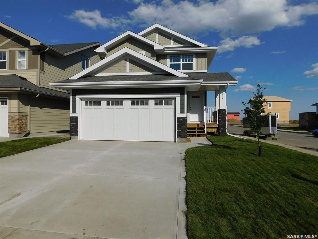 Main Photo: 303 Stilling Manor in Saskatoon: Rosewood Residential for sale : MLS®# SK841981