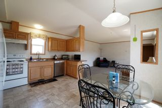 Photo 5: 703 Willow Bay in Portage la Prairie: House for sale : MLS®# 202113650