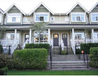 Photo 2: 3281 CLERMONT MEWS Way in Vancouver: Champlain Heights Townhouse for sale (Vancouver East)  : MLS®# V657193