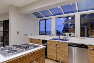 Photo 14: 1039 W KEITH Road in North Vancouver: Pemberton Heights House for sale : MLS®# R2503982
