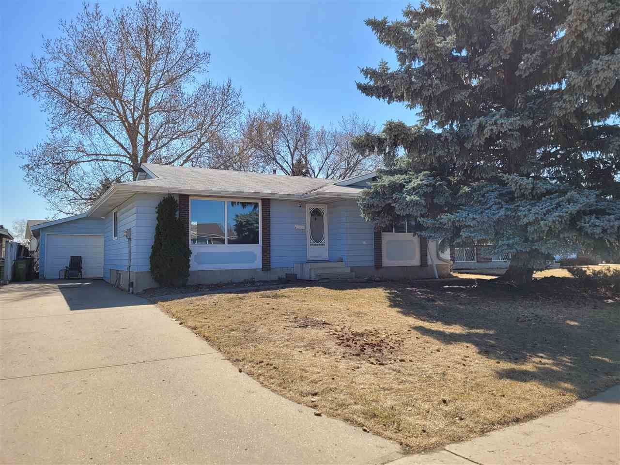 Main Photo: 3419 136 Avenue in Edmonton: Zone 35 House for sale : MLS®# E4241717