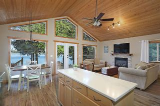 Photo 8: 2582 East Side Rd in : PQ Qualicum North House for sale (Parksville/Qualicum)  : MLS®# 859214