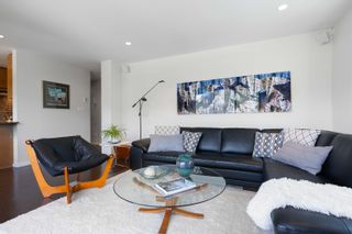 """Photo 6: 601 2187 BELLEVUE Avenue in West Vancouver: Dundarave Condo for sale in """"Surfside Towers"""" : MLS®# R2620121"""