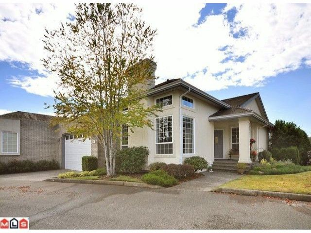 """Main Photo: 20 31450 SPUR Avenue in Abbotsford: Abbotsford West Townhouse for sale in """"LAKEPOINTE VILLAS"""" : MLS®# F1023211"""