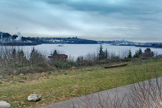 """Photo 28: 215 3629 DEERCREST Drive in North Vancouver: Roche Point Condo  in """"RAVENWOODS"""" : MLS®# V862981"""
