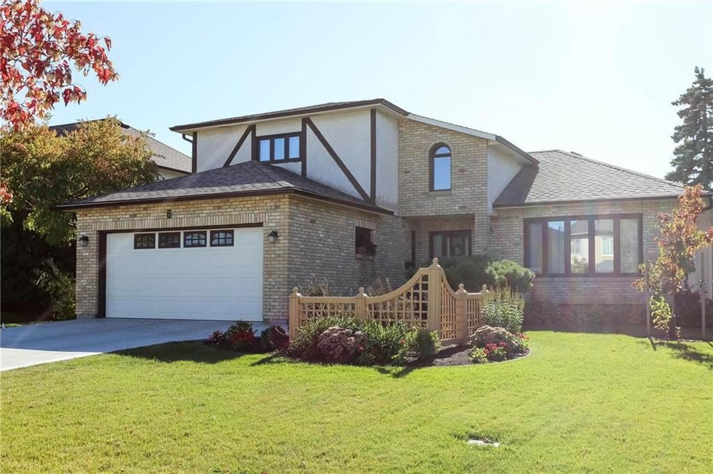 Main Photo: 6 Princemere Road in Winnipeg: Linden Woods Residential for sale (1M)  : MLS®# 202024580