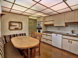 Photo 11: 16038 94A Avenue in Edmonton: Zone 22 House for sale : MLS®# E4255588