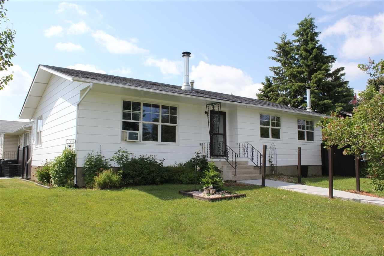 Main Photo: 5002 56 Avenue: Elk Point House for sale : MLS®# E4162083